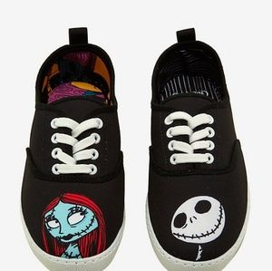 NIGHTMARE BEFORE CHRISTMAS JACK AND SALLY TENNIS S